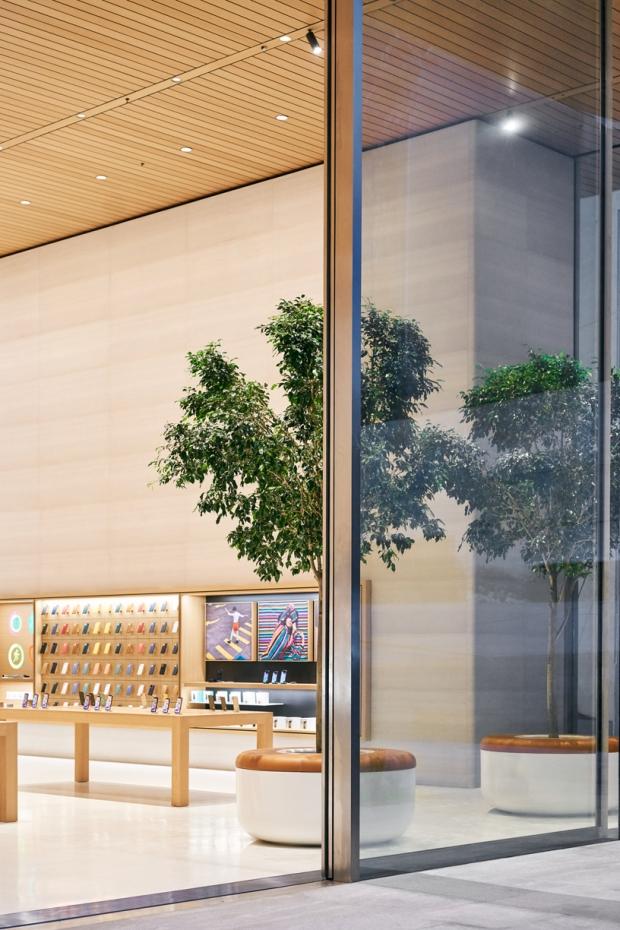 Apple_Antara_Sliding-Glass-Doors_092519_big.jpg.large